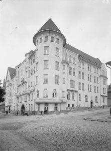 rauhankatu 11 (gustav estlander 1907-09)