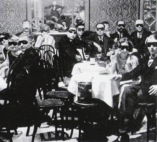 crowdatweissemaus1924