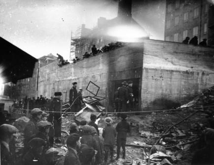 ahdollisesti Elannon teollisuuskortteli Hämeentiellä. Viljo Berg 1920-1929.